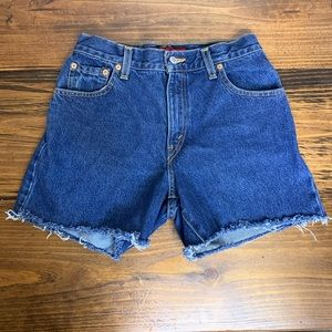 Levi's 550 size 6 cut off shorts blue denim